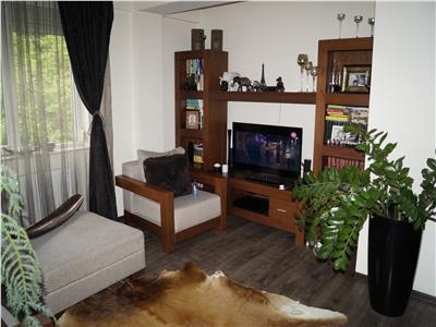 Apartament 3CAM 88MP PLOPILOR Mobilat si Utilat
