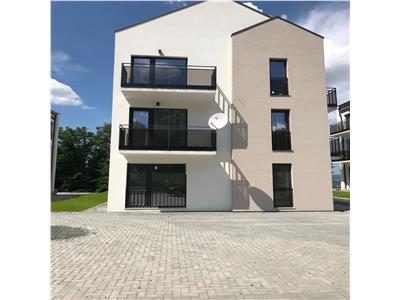 Apartament in ansamblu nou construit  3 camere  67 mp   Aproape de padure  Multa linste!