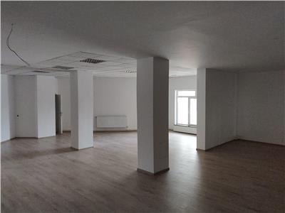 Spatiu de birouri/comercial - 330mp - zona centrala