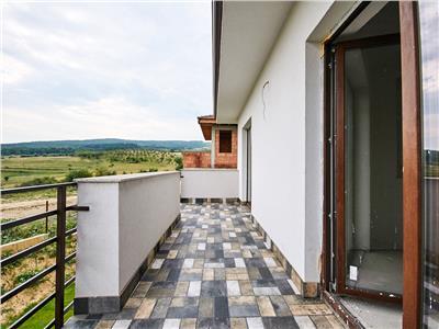 Casa individuala cu 400mp teren - 120 mp utili - Borhanci - priveliste superba