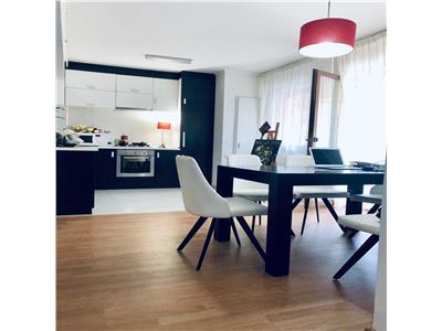Apartament cu 3 camere - 87 mp utili - strada Nasaud