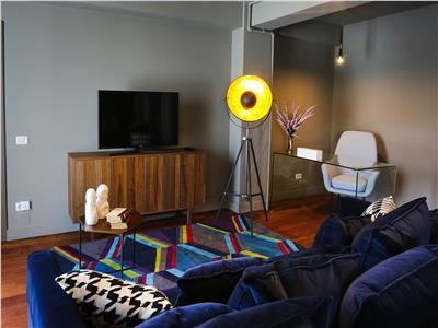 Apartament cu 3 camere  central  garaj subteran  mobilat
