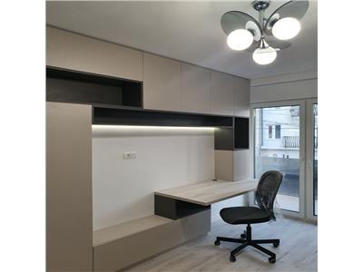 Apartment 2 camere, PRIMA INCHIRIERE, decomadat, DE LUX, Parcare INCLUSA