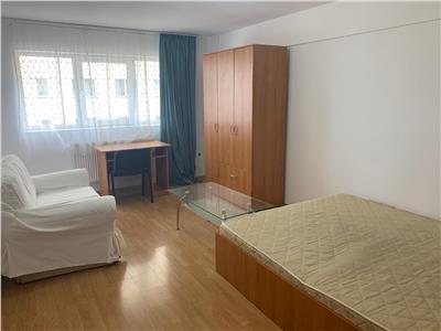 Apartament cu 3 camere decomandate - Calea Turzii - loc de parcare subteran