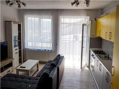 Apartament 2 camere cu parcare,  Zona Vivo.