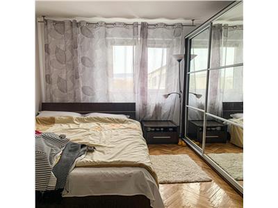 Apartament 3 camere cu parcare - Manastur