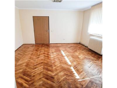 Apartament 3 camere - Gheorgheni.