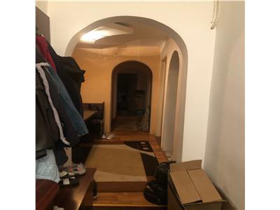 Apartament 3 camere, etaj intermediar in cartierul Manastur
