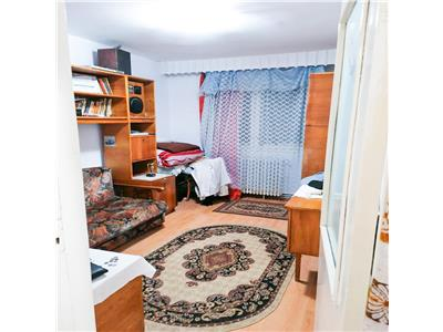 Apartament 3 camere in cartierul Manastur, ideal pentru investitie.