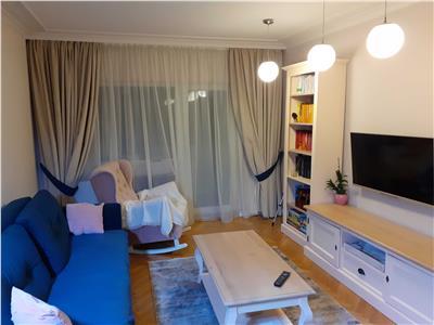 Apartament cu 3 camere, cu parcare in zona Titulescu.