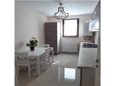 Apartament 2 camere decomandate cu parcare, etaj intermediar, Floresti.