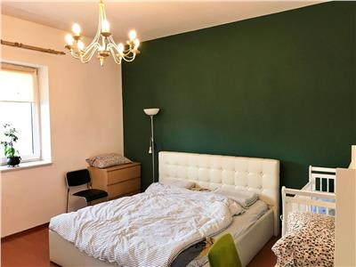 Apartament 3 camere, 109mp, etaj intermediar, in cartierul Plopilor.