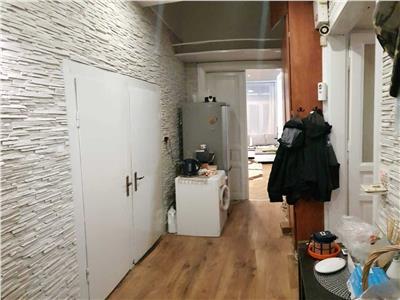Apartament 3 camere Ultracentral, 98mp cu parcare.