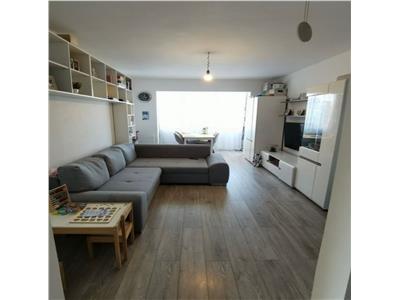 Apartament 3 camere, 64mp, etaj intermediar Zona Iulius Mall.