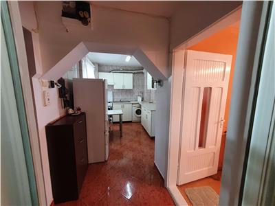 Apartament 2 camere, decomandate, etaj intermediar in Manastur.